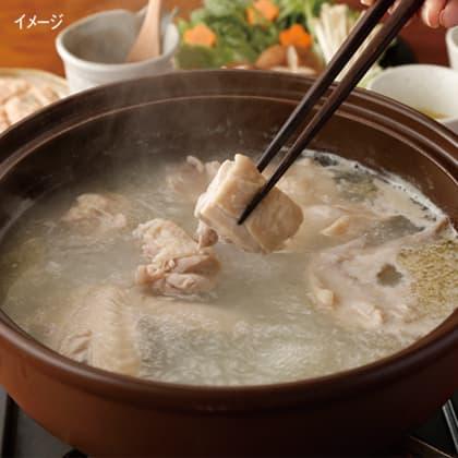 煮込み麺付きで〆まで美味しい鳥藤の水炊き