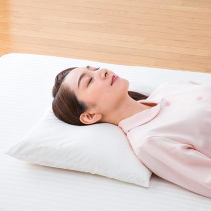 肩や首に負担がかかりにくい洗える安眠枕