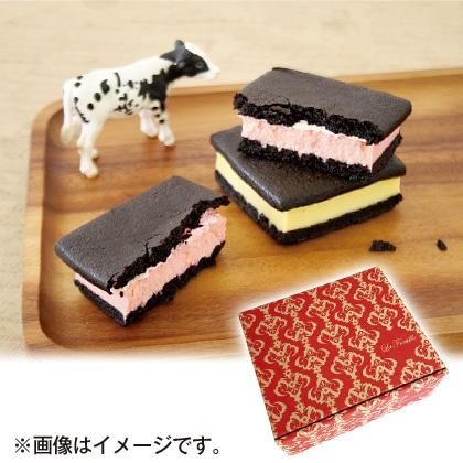 まっ黒チーズサンド(プレーン&ストロベリー)
