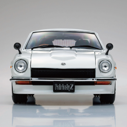 KYOSHOオリジナル  1/18スケール ダイキャストモデル (開閉機構付) シリーズ日産 フェアレディ Z-L (S30) (ホワイトパール)